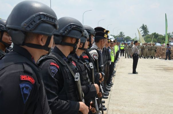 Polresta Tangerang Kerahkan Ratusan  Personel Gabungan di Sindang Jaya