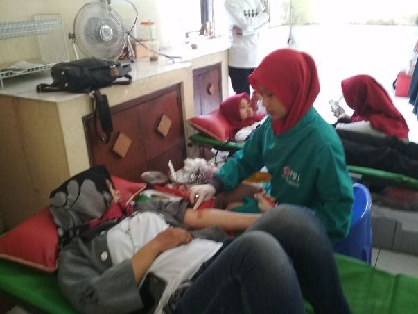 Yayasan Rumah Singgah Amaryllis Kirana dan PMI Gelar Donor Darah