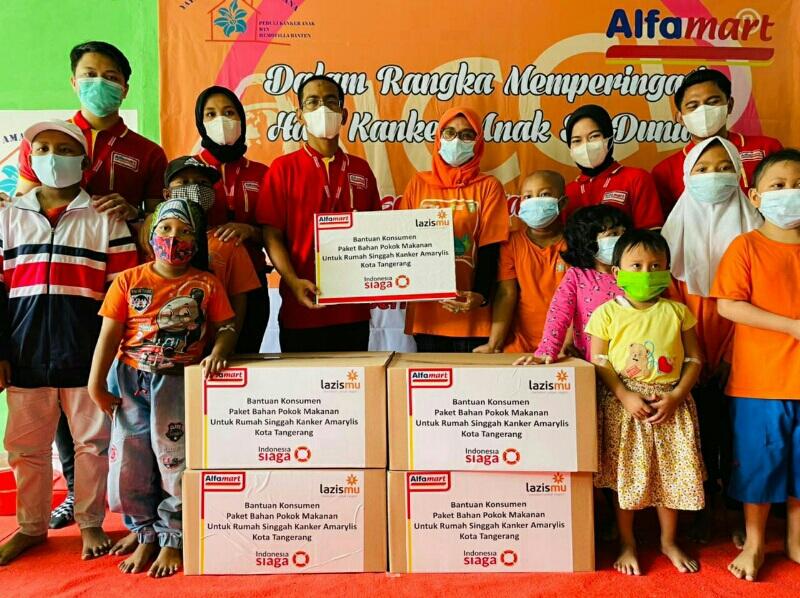 LazisMu dan Alfamart Kembali Salurkan Donasi Konsumen