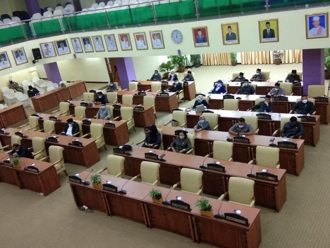 20 Anggota DPRD tak Hadiri Rapat Paripurna LKPJ Bupati